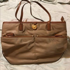 Michael Kors Kempton Pocket Tote